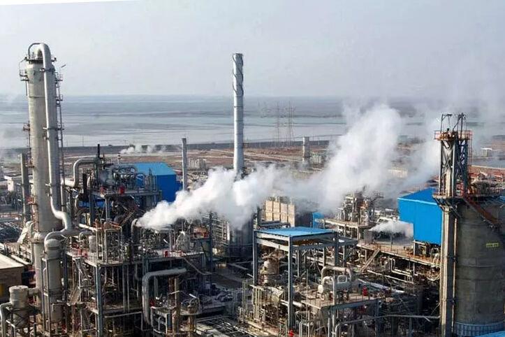 رکورد جدیدی در تولید محصولات پلیاتیلن ترفتالات کشور ثبت میشود