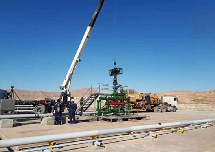 شیرآلات چاه ژوراسیک مسجدسلیمان بدون استقرار دکل تعویض شد