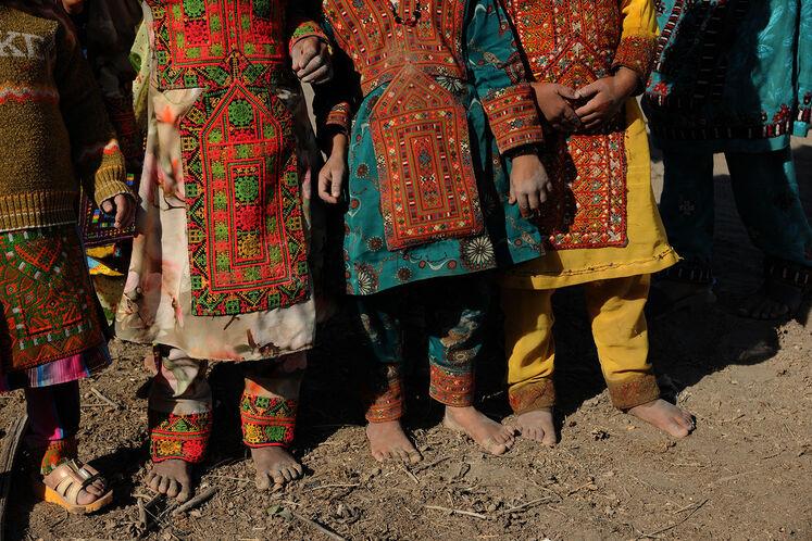 کودکان بلوچ در ناحیه جلگه شهرستان ایرانشهر در 530 کیلومتری چابهار