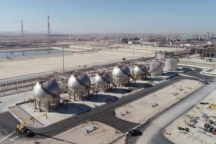 مخازن ذخیرهسازی روزانه محصول، پالایشگاه گاز بیدبلند خلیج فارس