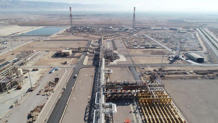 واحد لخته گیر گاز و واحد فلر، پالایشگاه گاز بیدبلند خلیج فارس