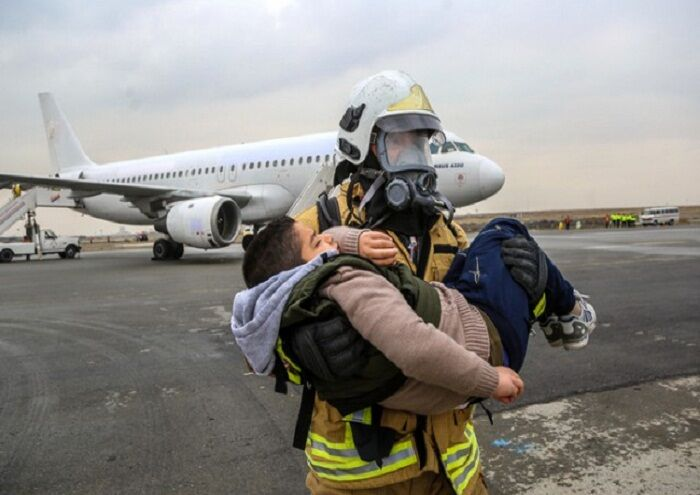 رزمایش طرح تخلیه اضطراری فرودگاه خلیج فارس برگزار شد