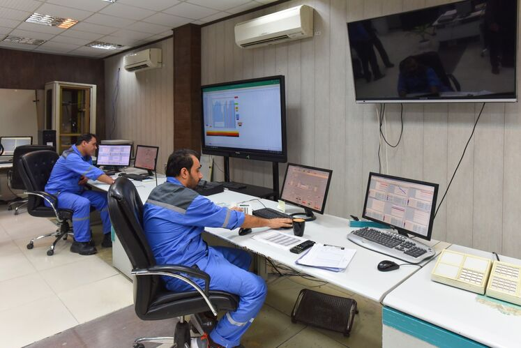 Control Room, Tondgouyan Petrochemical Plant
