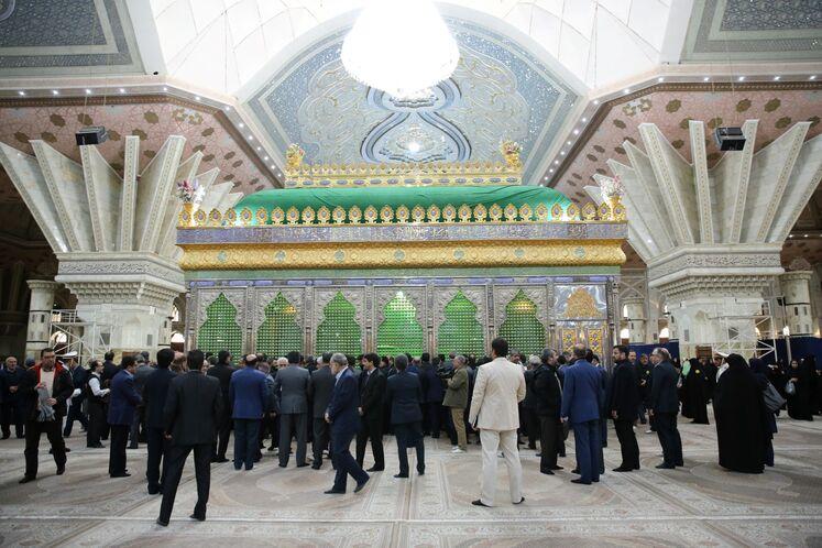 تجدید میثاق کارکنان صنعت نفت با آرمانهای امام خمینی (ره)