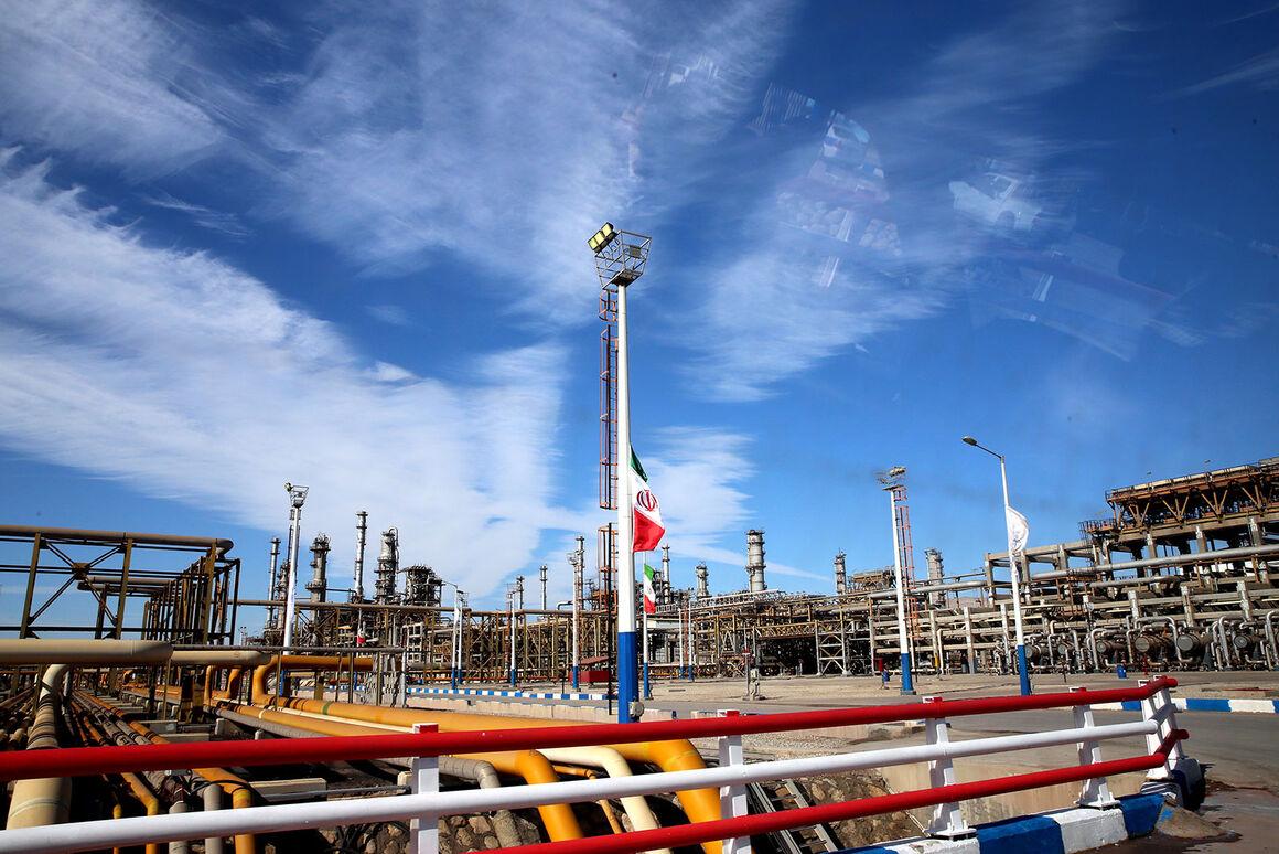 ساخت دستگاه ضدعفونیکننده محیط در پالایشگاه ستاره خلیج فارس