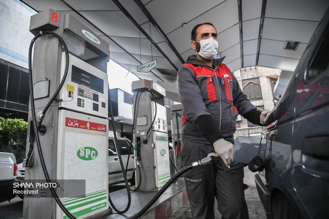 کاهش ۵۰ میلیون لیتری میانگین مصرف بنزین کشور در نوروز ۹۹