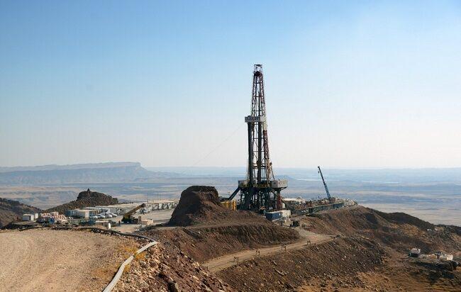 نخستین چاه در طرح توسعه ۲۸ مخزن مناطق نفتخیز تولیدی شد