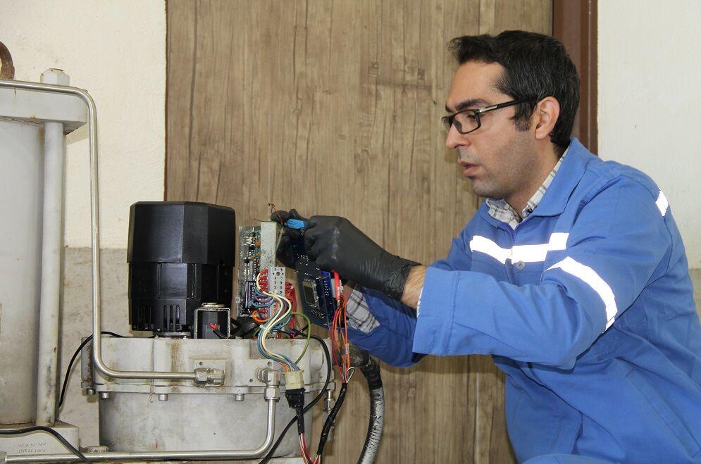 طراحی و ساخت برد الکترونیکی کنترل ولو در خطوط لوله و مخابرات منطقه شمال