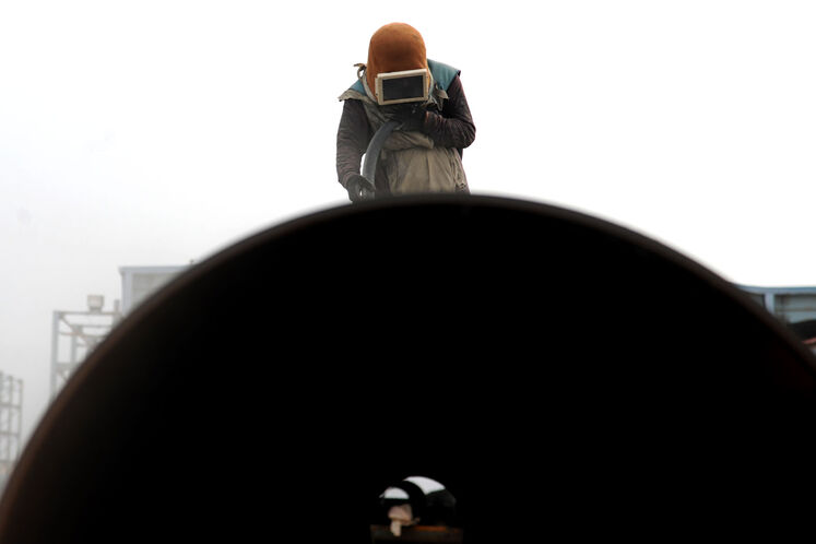 بارگیری جکت سرچاهی نخستین سکوی فاز ۱۱ پارس جنوبی