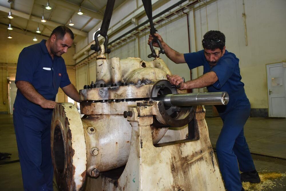 تعمیر پمپ انتقال نفت سکوی فروزان در خارک