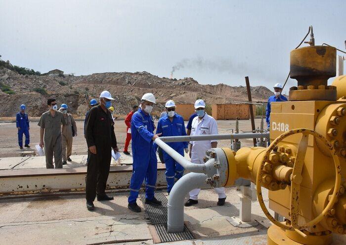 وضع پروژههای نفت فلات قاره در خارک بررسی شد