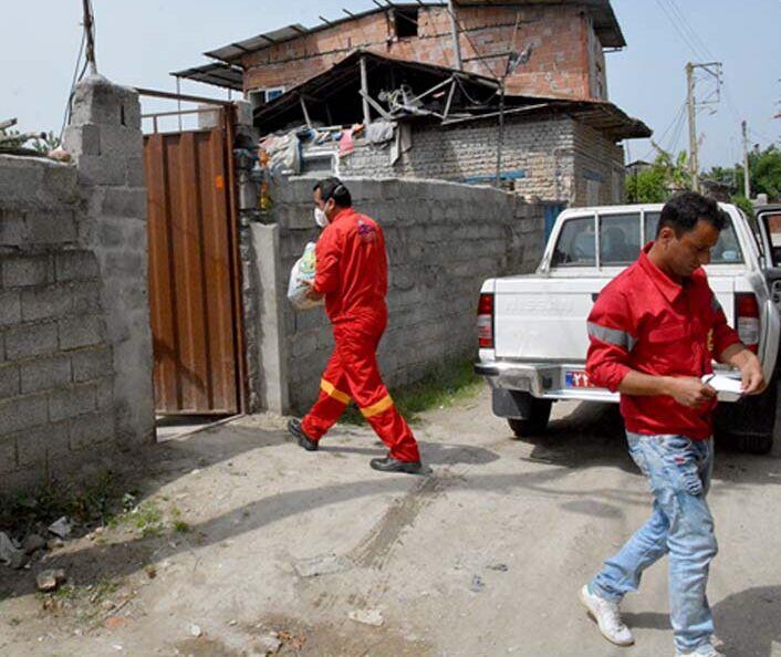 نفت خزر بستههای کمک معیشتی میان نیازمندان توزیع کرد