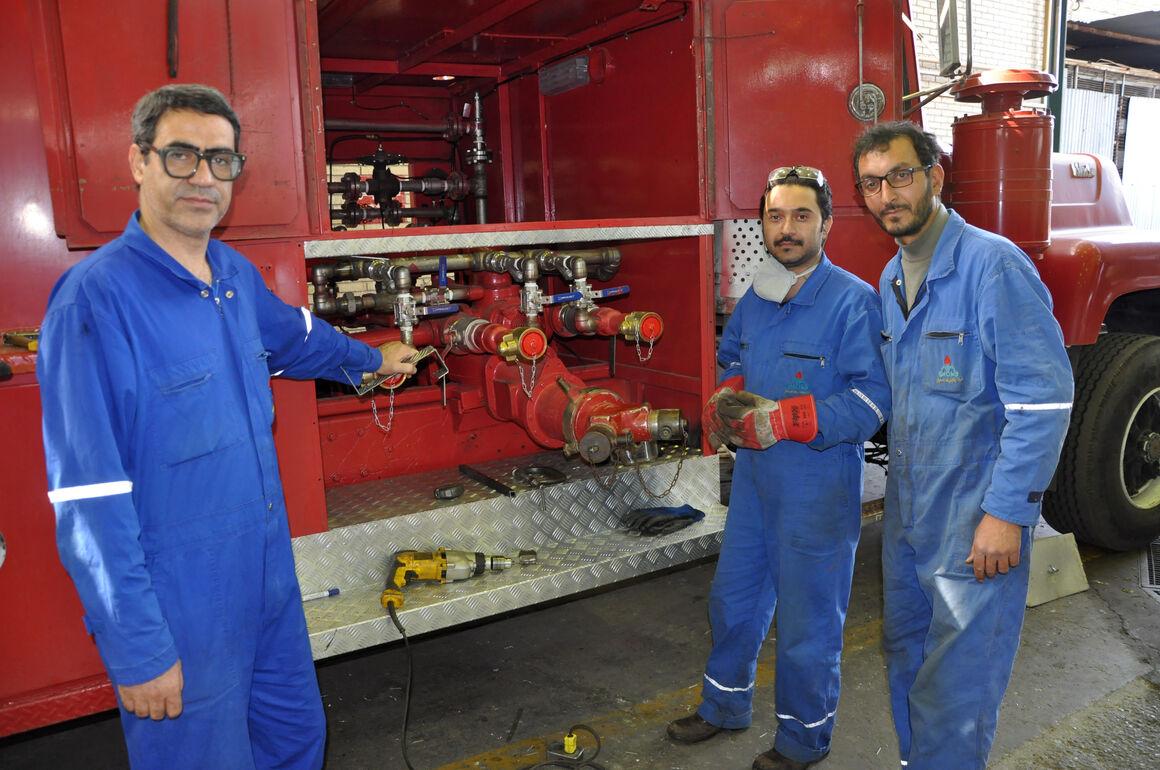بازسازی خودرو کفساز آتشنشانی در پالایشگاه اصفهان
