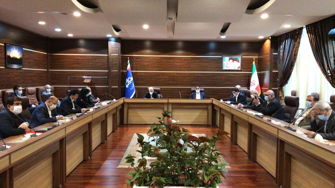 دیدار اعضای کمیسیون انرژی مجلس شورای اسلامی دوره دهم با وزیر نفت