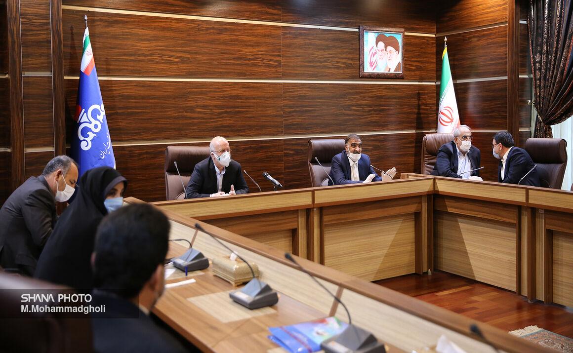 همکاری سازنده کمیسیون انرژی مجلس و وزارت نفت برای رفع تنگناها
