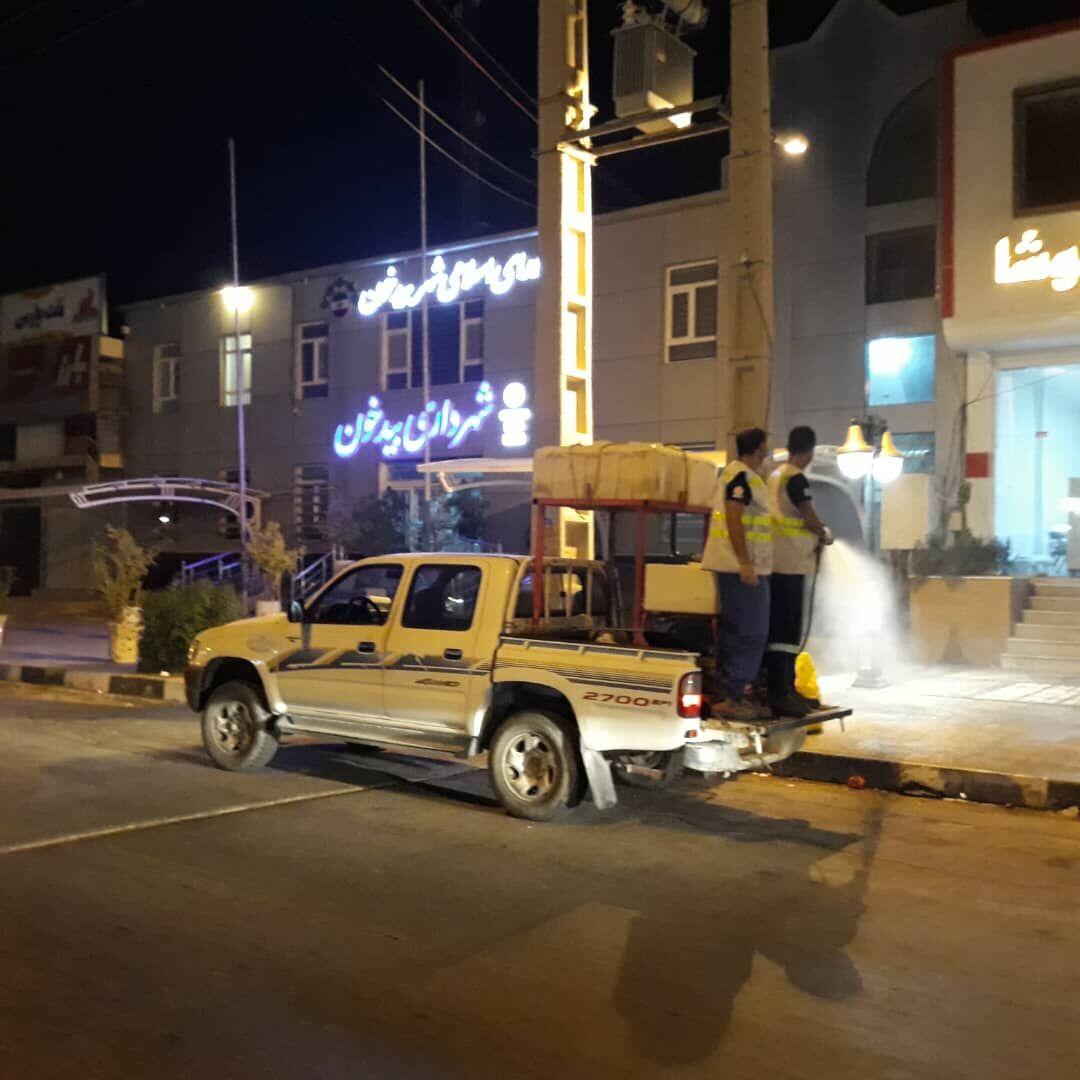 ضدعفونی مناطق شهری عسلویه از سوی منطقه ویژه پارس