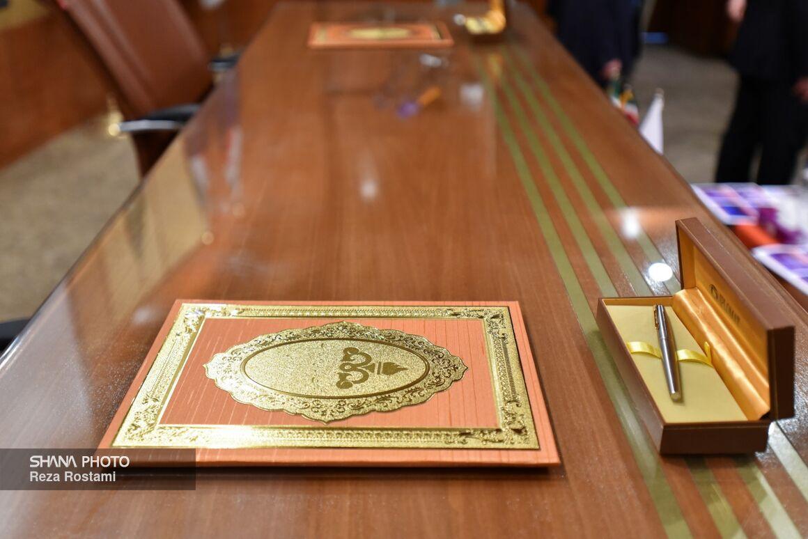تفاهمنامههای مطالعاتی توسعه میدان آزادگان امضا میشوند