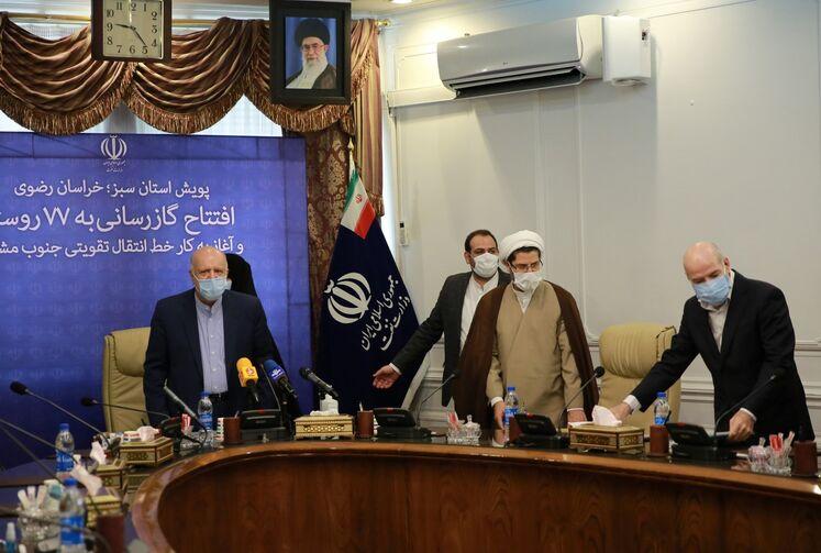 آیین بهرهبرداری و آغاز عملیات اجرایی ۲۸۶ طرح گازرسانی در استان خراسان رضوی