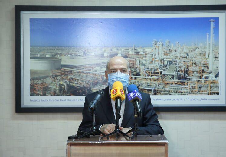 حسن منتظر تربتی، مدیر عامل شرکت ملی گاز ایران در جمع خبرنگاران