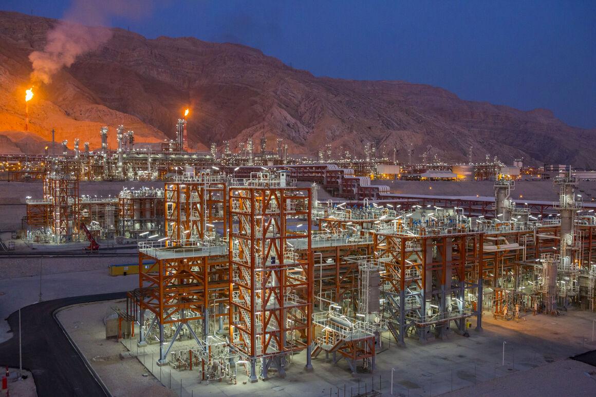 طرح گازرسانی به پالایشگاه گاز پارسیان سپهر به بهرهبرداری رسید