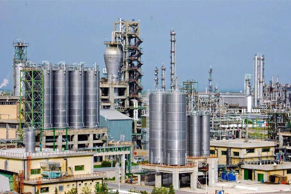 پتروشیمی صنعتی پیشرو در توسعه صادرات غیرنفتی است