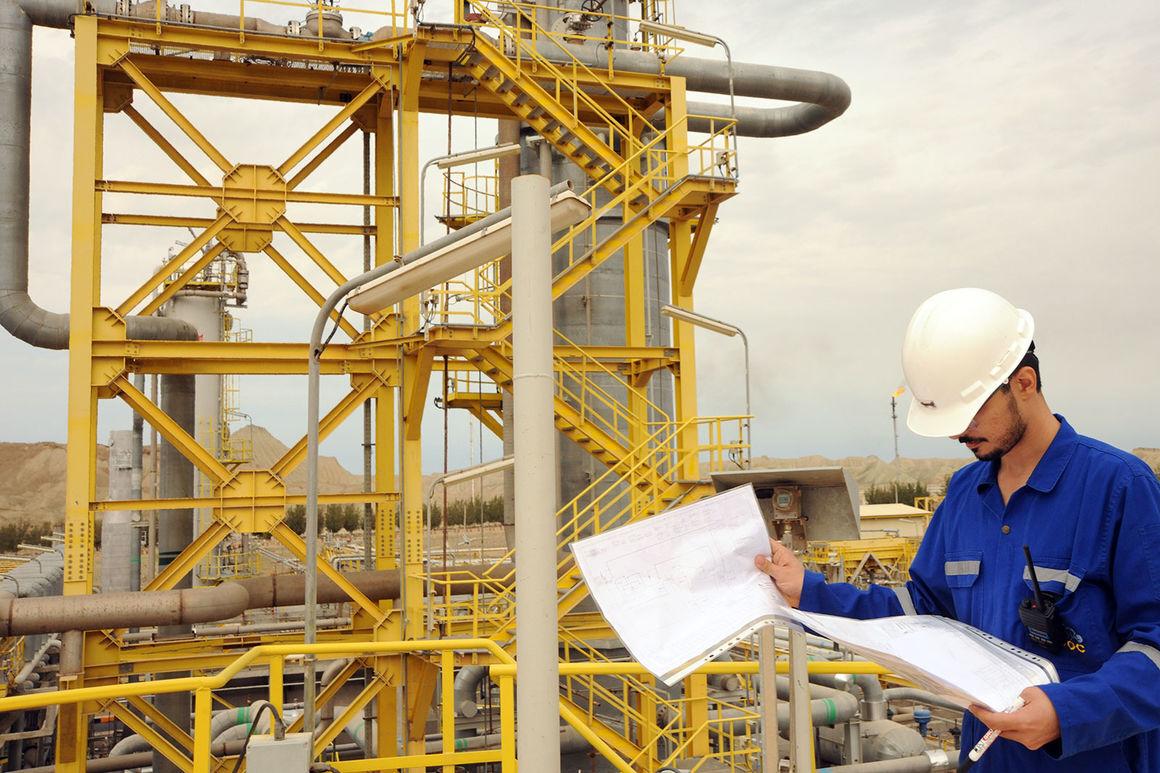 اجرای طرح طبقهبندی مشاغل کارکنان پیمانکاری در شرکت انتقال گاز