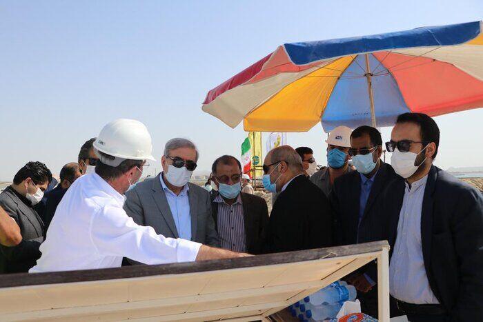 بازدید مشاور رئیسجمهوری از ۲ پروژه نفتی در قشم