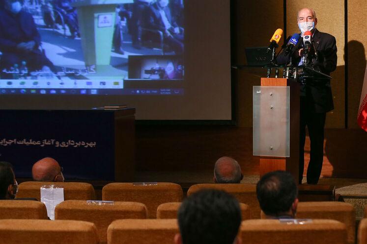 آیین بهرهبرداری و آغاز عملیات اجرایی طرحهای گازرسانی در استان کرمانشاه