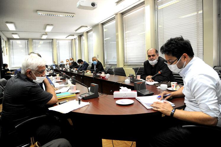 نشست مدیران توسعه مدیریت و سرمایه انسانی چهار شرکت اصلی وزارت نفت و نمایندگان بازنشستگان