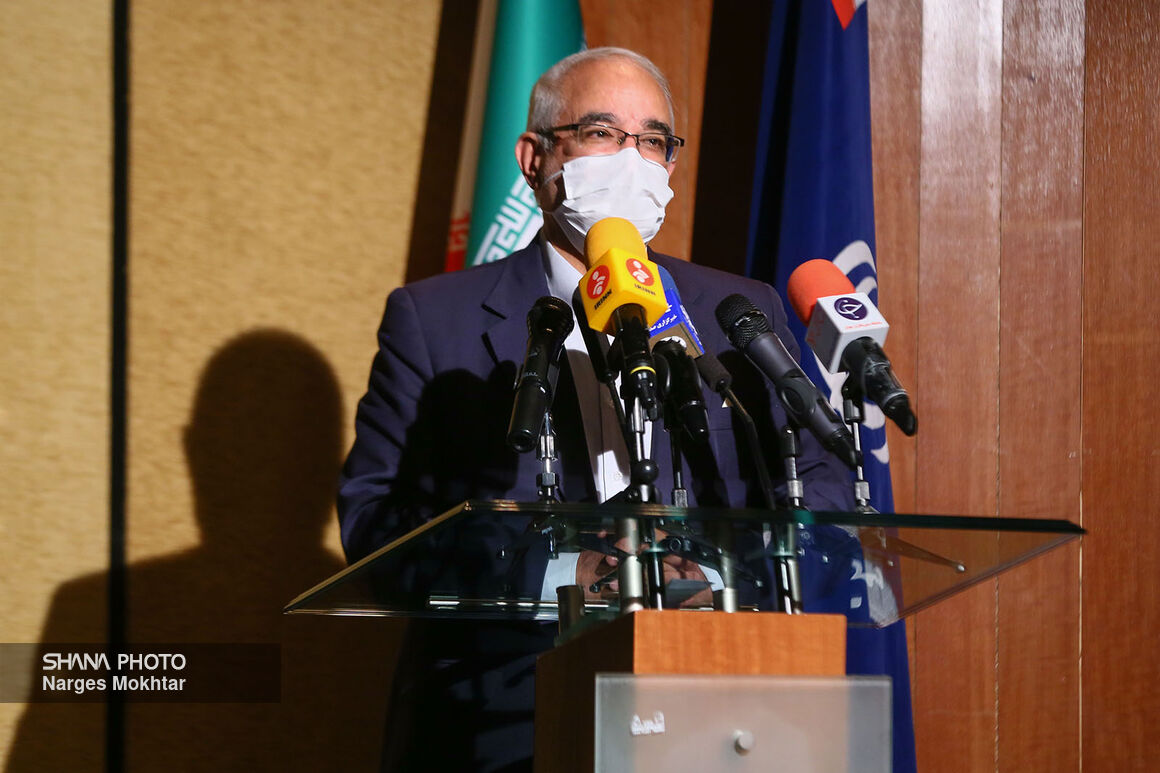 وزارت نفت با وجود تنگناهای اقتصادی طرحهای گازرسانی را اجرا میکند