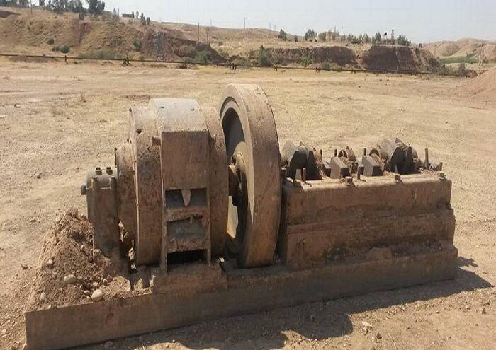کشف ژنراتور قدیمی در میدان نفتشهر