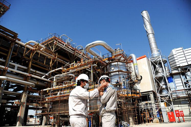 این پروژه یک پروژه ملی است و نمیتوان گفت که تنها به سه استان خوزستان، بوشهر و کهگیلویهوبویراحمد مربوط میشود. در دوران ساخت و اجرای این پروژه برای بیش از ۱۵ هزار نفر به صورت مستقیم و غیرمستقیم اشتغال ایجاد شد و در دوران بهرهبرداری هم در حدود یک هزار نفر در مجموعه مشغول بهکار خواهند بود که بیش از ۷۵ درصد از مجموع این یک هزار نفر از نیروهای بومی استان خوزستان علیالخصوص شهرستان بهبهان هستند.