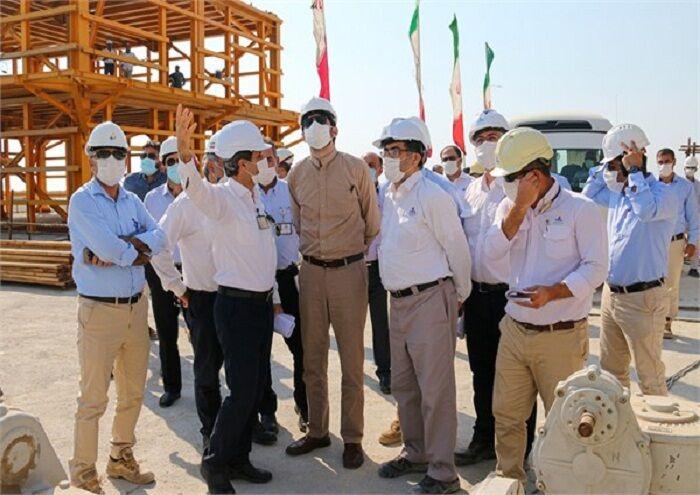 بازدید مشاور ارشد وزیر نفت از طرحهای در حال توسعه پارسجنوبی