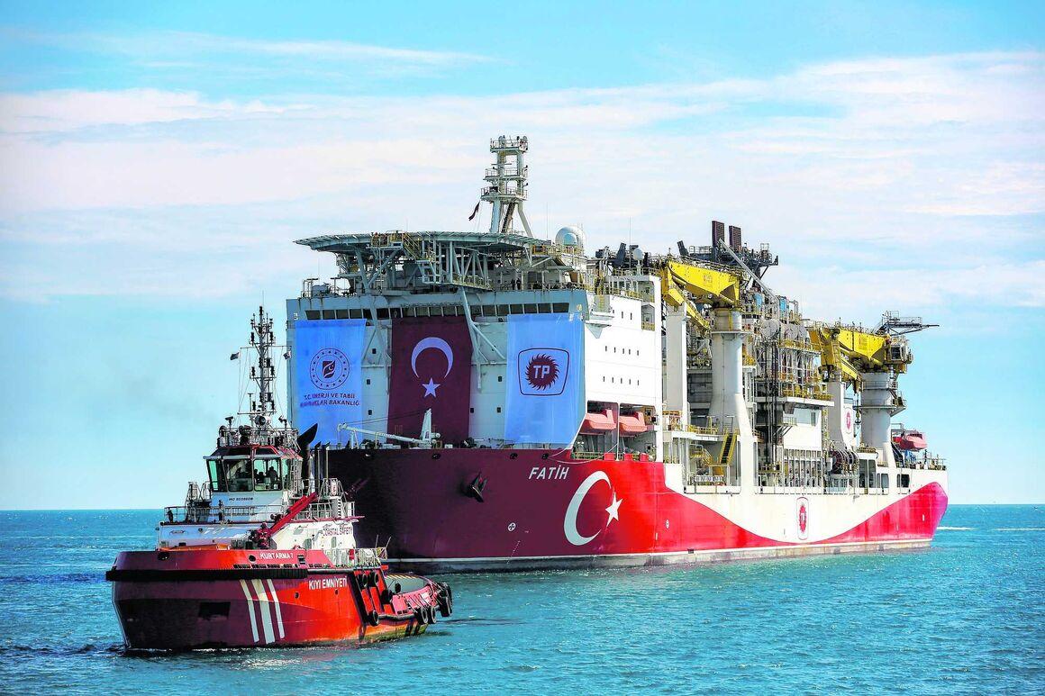 دومین کشتی حفاری ترکیه در دریای سیاه مستقر میشود