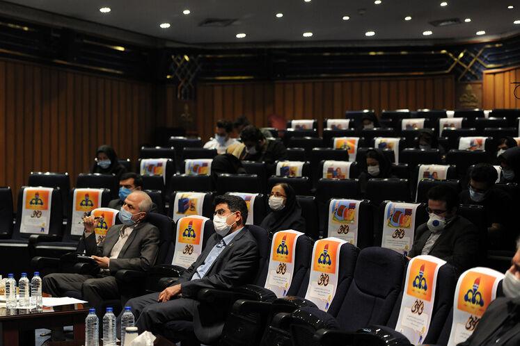 آیین رونمایی از طرح ملی بهینهسازی موتورخانه واحدهای مسکونی و نشست خبری حسن منتظرتربتی، معاون وزیر نفت در امور گاز