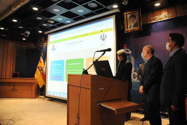 آیین رونمایی از طرح ملی بهینهسازی موتورخانه واحدهای مسکونی