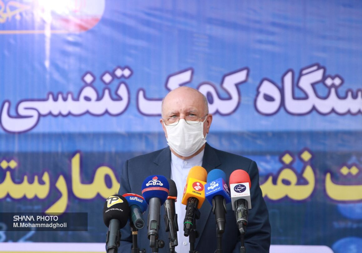 مردم بدانند کسانی که با ما دشمنی میکنند به ملت ایران رحم نمیکنند