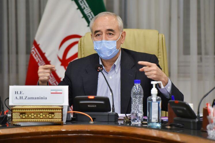 «کرونا» در کنار ویروس ترامپ جان ایرانیها را میگیرد