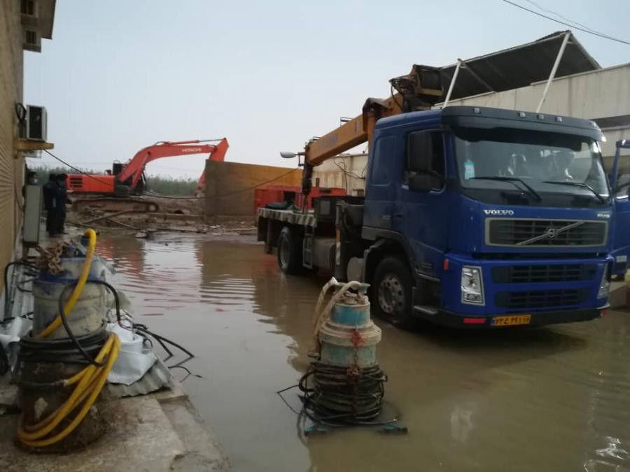 پشتیبانی عملیات رفع آبگرفتگی ماهشهر ازسوی منطقه ویژه پتروشیمی