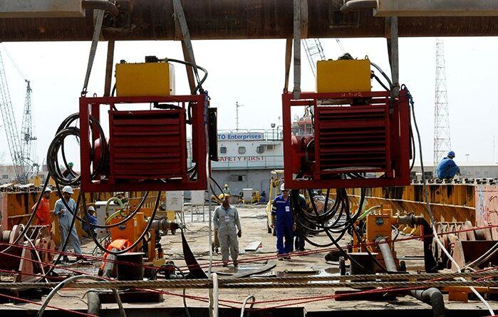 ساخت ۵ سکوی دریایی نفت فلات قاره در خرمشهر