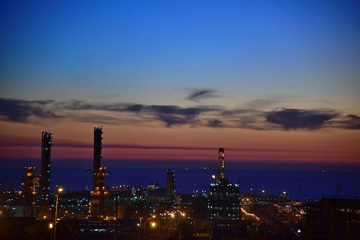 نقش کلیدی صنعت نفت در اقتصاد ایران