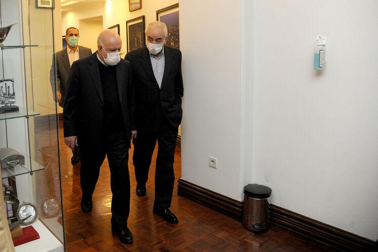 بیژن زنگنه، وزیر نفت و امیرحسین زمانینیا، معاون امور بینالملل و بازرگانی وزیر نفت