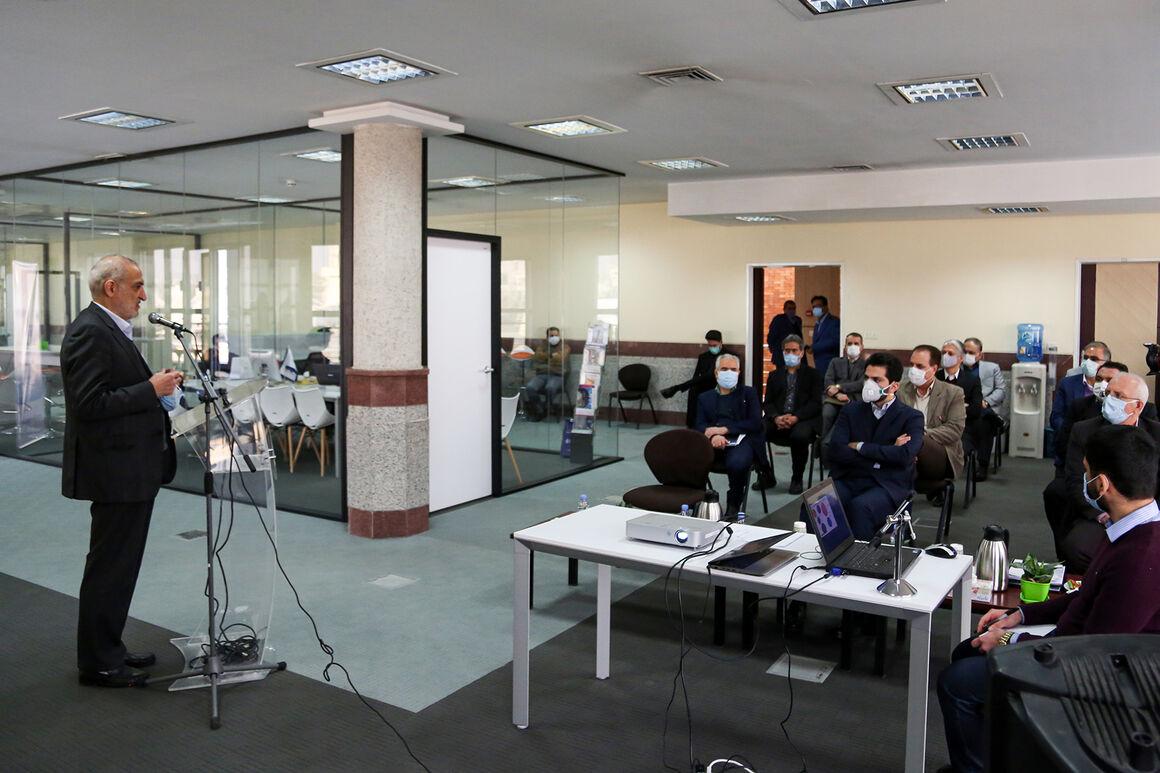 پژوهشگاه در مسیر سیاستهای راهبردی وزارت نفت حرکت میکند