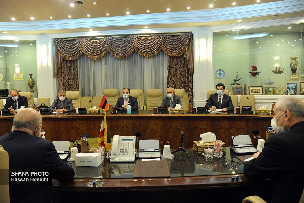 دیدار مقامهای وزارت نفت ایران با هیئت ارمنستانی