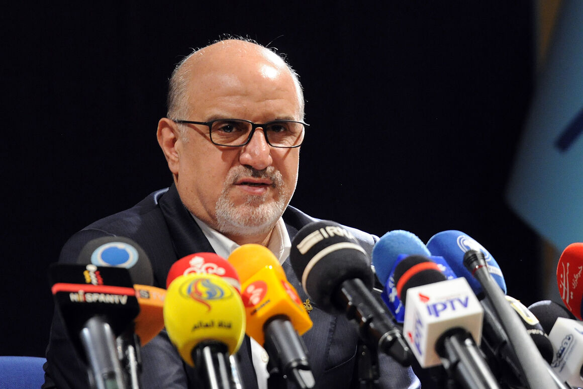 Iran to Launch 8 Petchem Projects by March