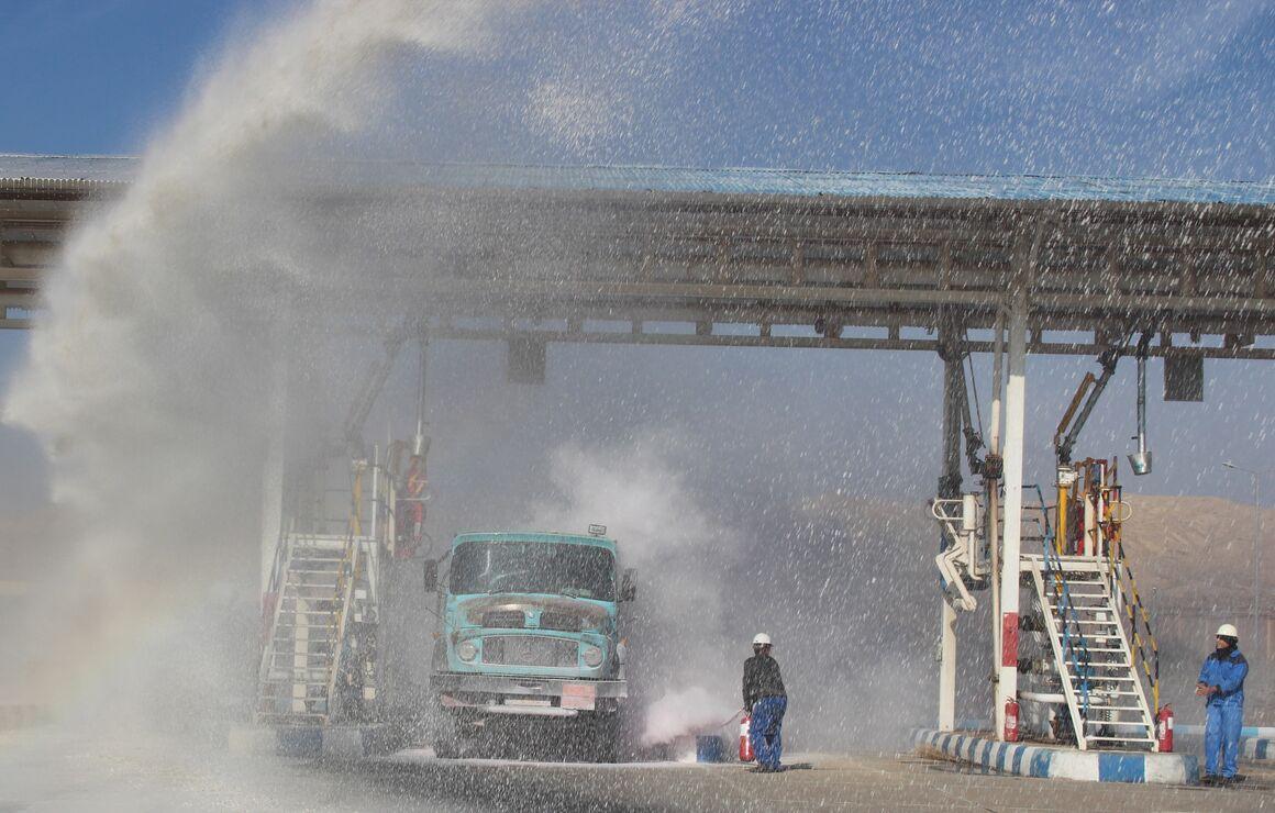 برگزاری مانور پدافند غیرعامل در انبار نفت منطقه قم