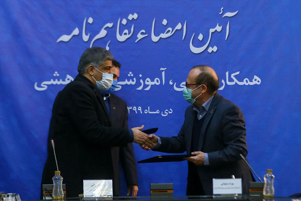 شرکت مهندسی و توسعه گاز و نفت خزر تفاهمنامه همکاری امضا کردند