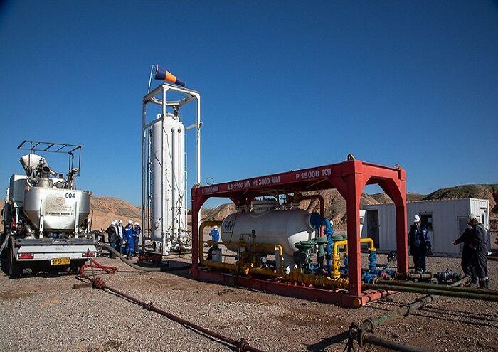 اندازهگیری همزمان جریان نفت، گاز و آب با MPFM در میدان آذر