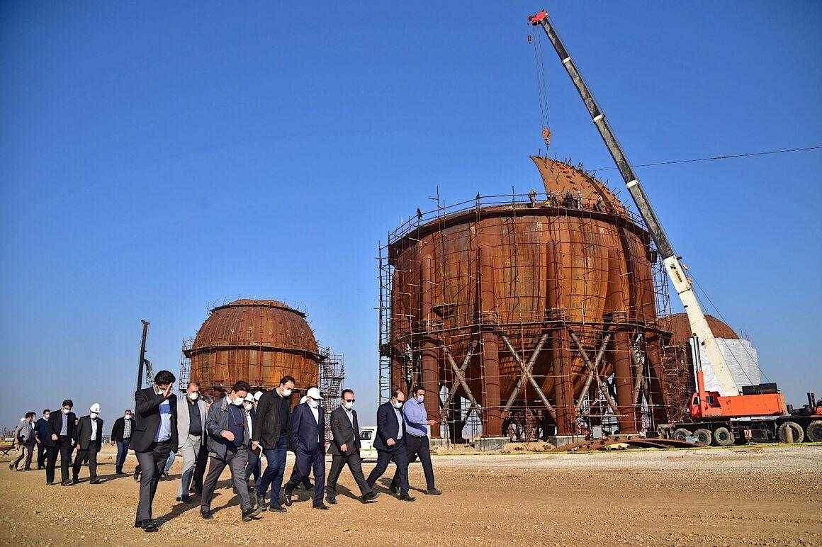 بازدید معاون وزیر نفت از طرحهای پتروشیمی ماهشهر