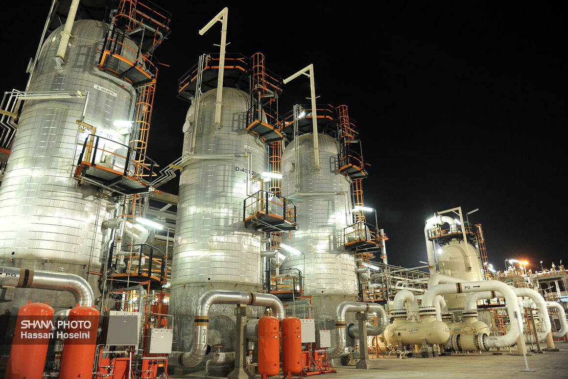 Bidboland Gas Refinery inks Deal with Local Firm for Supplying Electro-Compressors